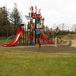 帯広市の緑ヶ丘公園に2歳3歳の子連れで遊ぶ/巨大遊具の遊び心地